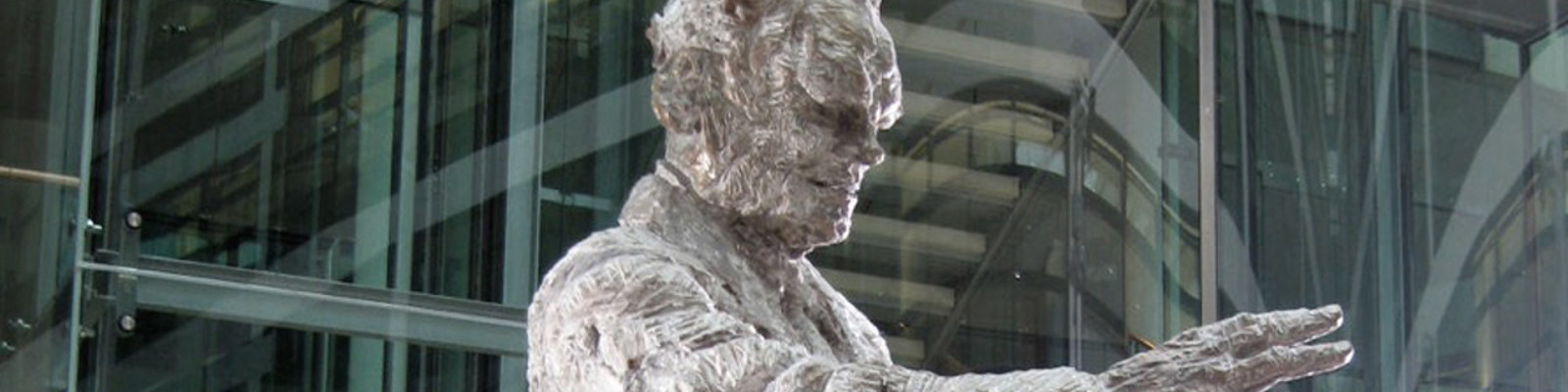 Brandt-Statue